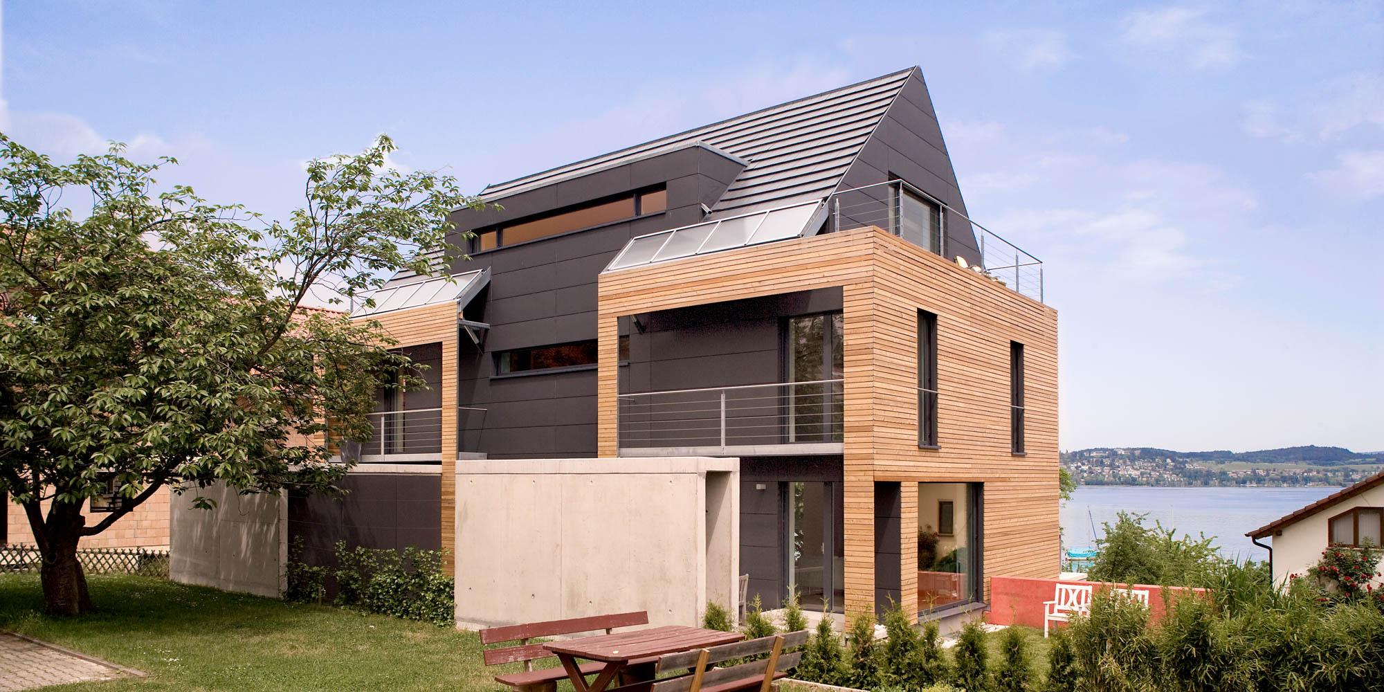Modernes holzhaus  Passivhaus am Bodensee | Klimaholzhaus | Modernes Holzhaus ...